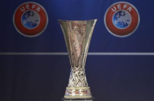 Der VfB Stuttgart hat in der Europa League mit dem belgischen Club KRC Genk ein vermeintlich leichtes Los gezogen. Im Achtelfinale ist ein deutsches Duell zwischen Stuttgart und Gladbach möglich. Foto: dpa