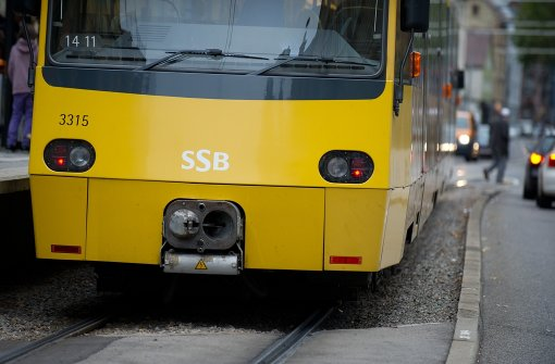 Stadtbahn-Haltestellen werden angesungen