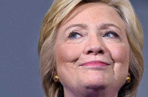 Clinton wagt sich in Talkshow-Parodie – und bereut es