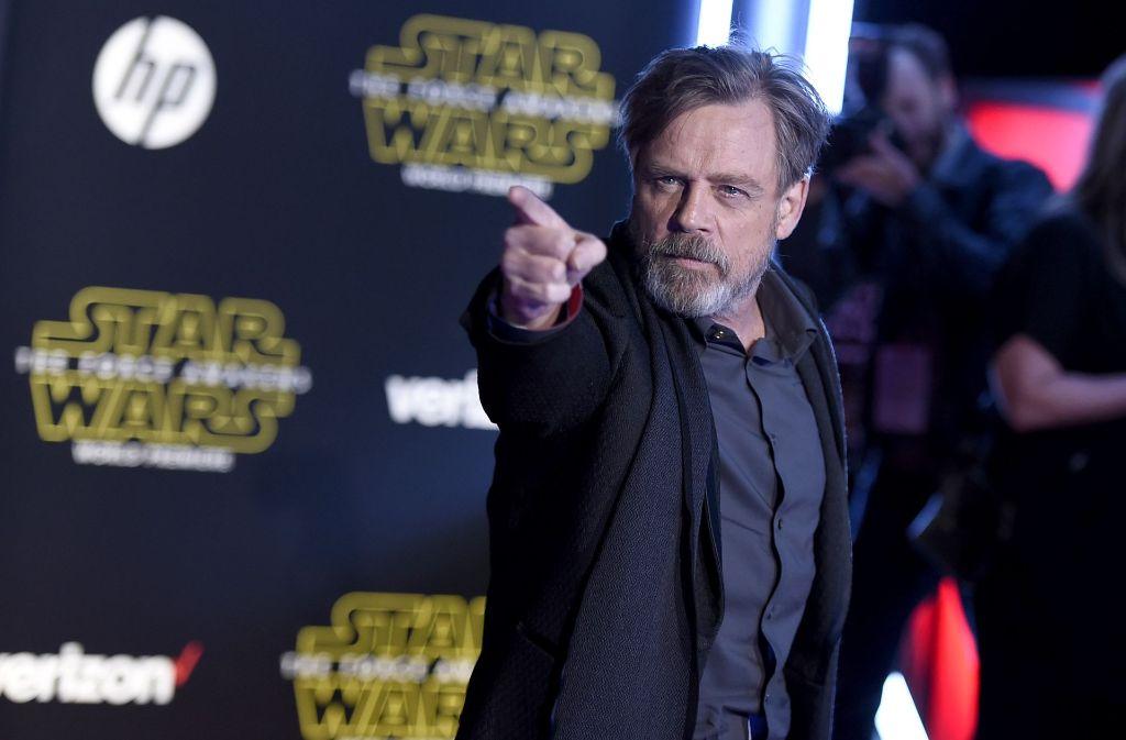 Luke Skywalker Im Millennium Falken Fans Feiern Neuen Star Wars
