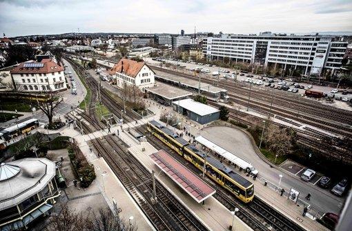 Wichtiger Haltepunkt mit Ausbaupotenzial: der Bahnhof in Vaihingen Foto: Leif Piechowski