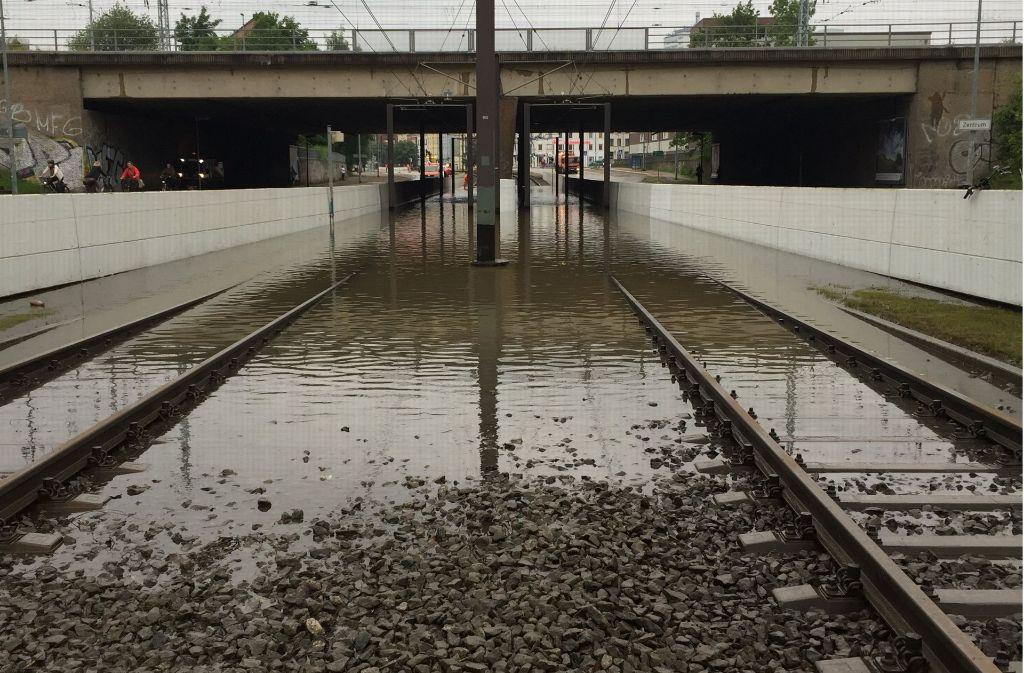 Sturmtief Paul In Norddeutschland Auswirkungen Auf Bahnverkehr