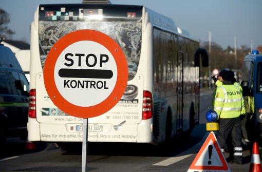 Dänen kontrollieren bis Anfang Juni weiter