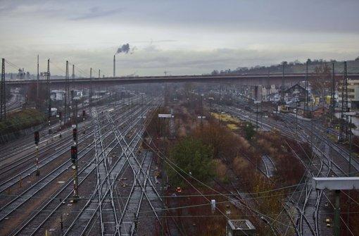 Die Pläne für den Abstellbahnhof auf diesem Gelände des alten Güterbahnhofs Untertürkheim werden geändert Foto: Peter Petsch