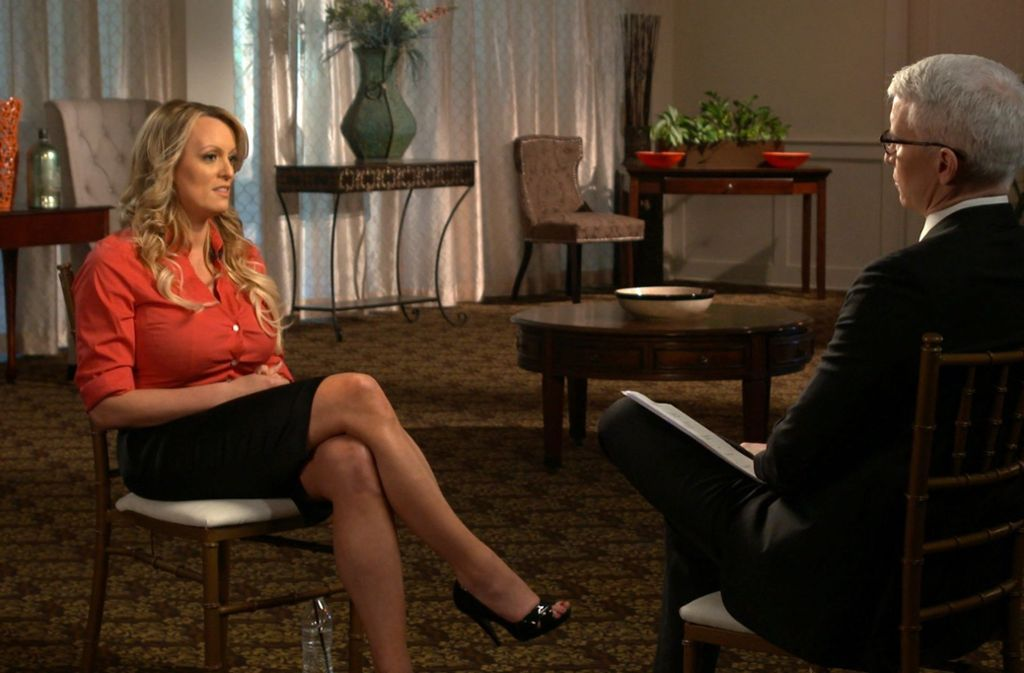 Pornostar Wird Live Im Tv Interviewt