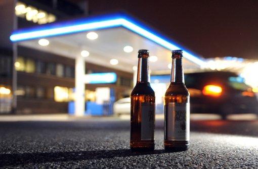 Tankstellen wollen nachts wieder Alkohol verkaufen