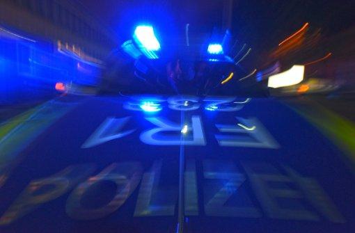 Vor der Polizei in die Fils geflohen