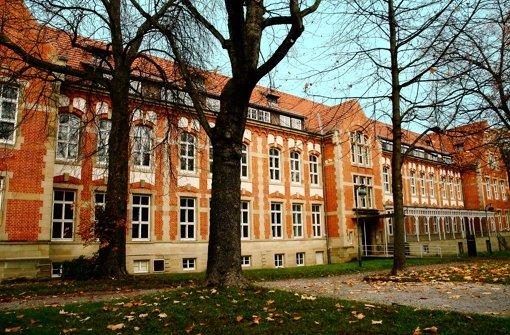 Das denkmalgeschützte Gebäude steht seit Anfang des Jahres leer. Foto: Jürgen Brand