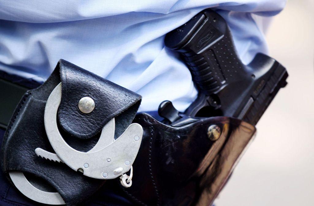 Polizist aus Baden-Württemberg: Haftstrafe wegen Angriffs auf schwarzen Asylbewerber