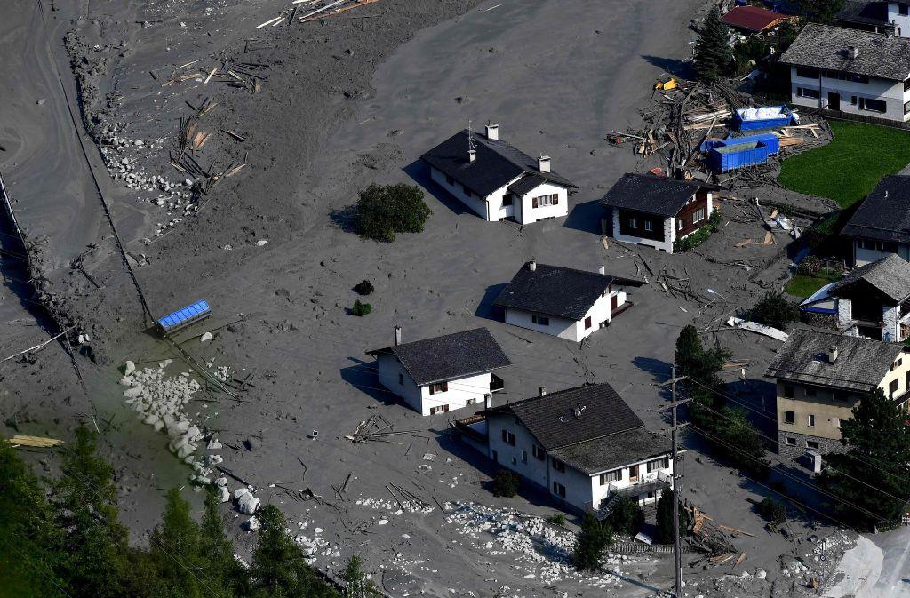 Vermisste In Den Schweizer Alpen Polizei Gibt Wanderer
