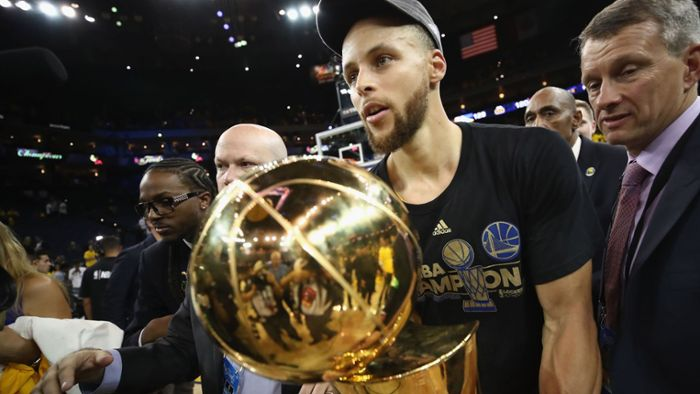 Golden State Warriors besuchen Kinder statt Donald Trump