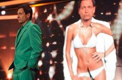 Wie schon in den vergangenen drei Jahren führte beim Deutschen Comedypreis 2011 ein alter Bekannter durch den Abend: Dieter Nuhr. Wieder einmal wurden die besten Leistungen der deutschen Comedy-Elite in den verschiedenen Kategorien gewürdigt. Foto: dpa