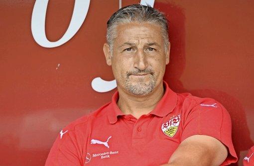 Jürgen Kramny (44)   Bisher Trainer der zweiten Mannschaft des VfB. Hat nur eine Chance, wenn ihm ein Traumstart gelingt.  Foto: Bongarts