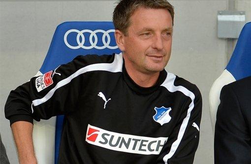 Der ehemalige Hoffenheimer Co-Trainer Rainer Widmayer erteilt den Blauen, die einen Trainer suchen, eine Absage. Foto: dapd