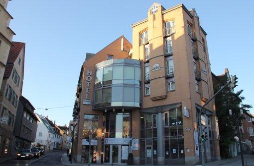 Im Hotel Feuerbach im  Biberturm  will der Caritasverband in Zukunft psychisch kranke Menschen, Flüchtlinge und ehedem Obdachlose unterbringen. Foto: Georg Friedel