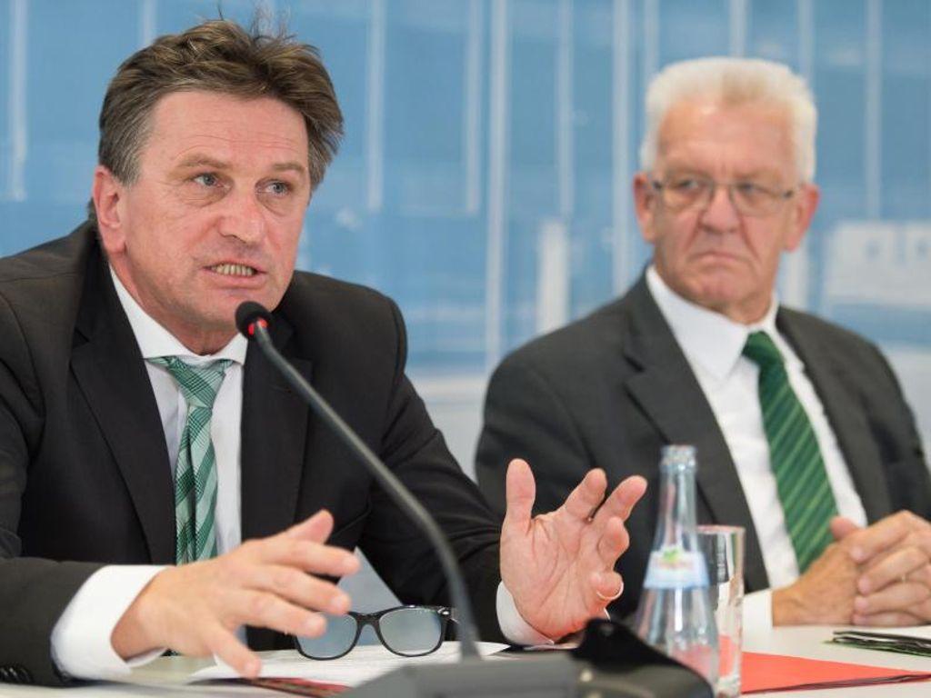Corona Bayern Söder Pressekonferenz