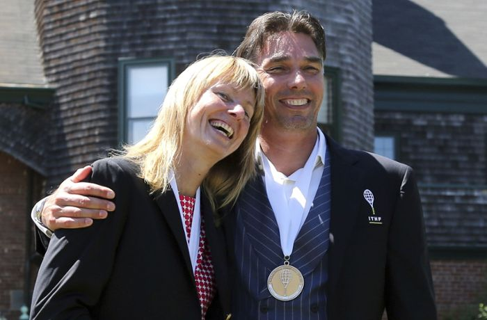 Michael Stich: Tennis-Star mit Helena Sukova in Hall of Fame aufgenommen