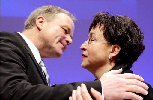 Bussi links, Bussi rechts – aber es könnte sein, dass in den Wahlen zum FDP-Bundesvorstand nur Birgit Homburger durchkommt. Foto: dpa