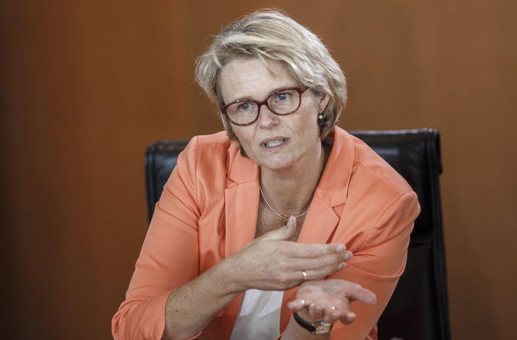 Forschungsministerin In Nöten Ihr Ruf Als Pannenministerin