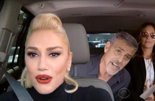 Clooney und Roberts rappen auf der Rückbank