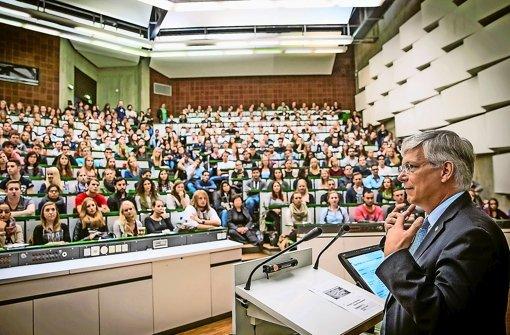 Rektor Stephan Dabbert ist Rektor des Jahres. Foto: Lichtgut/Achim Zweygarth