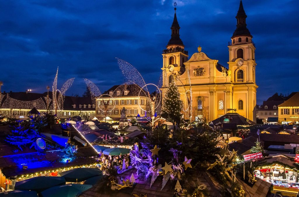 Ludwigsburg Weihnachtsmarkt.Ludwigsburg Weihnachtsmarkt Vor Barocker Kulisse Ludwigsburg