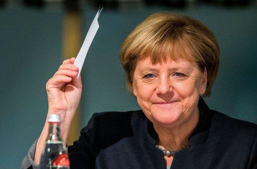 CSU-Politiker für Kanzlerkandidatur Merkels