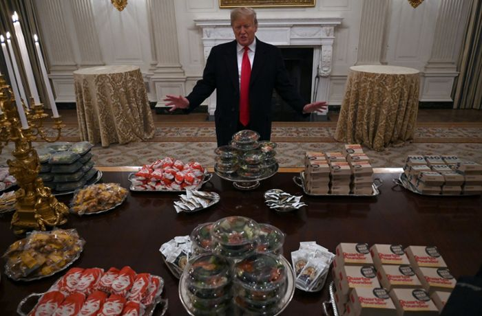 Donald Trump: US-Präsident spendiert Football-Team Burger