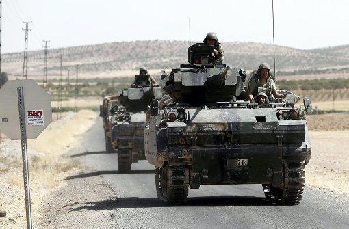 Türkei greift Ort unter kurdischer Kontrolle an