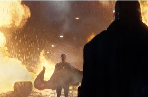 Henry Cavill als Superman, Ben Affleck als Batman (vorne) Foto: Verleih