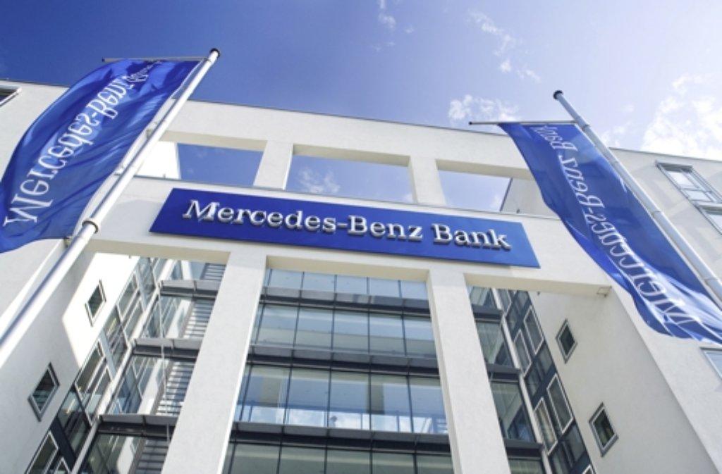 mercedes-benz-bank: mutmaßlicher millionen-erpresser bestreitet