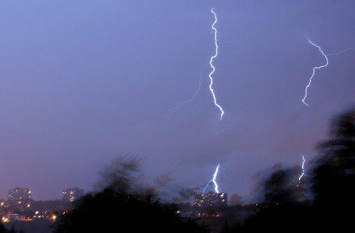 Wetterdienst sagt schwere Gewitter voraus