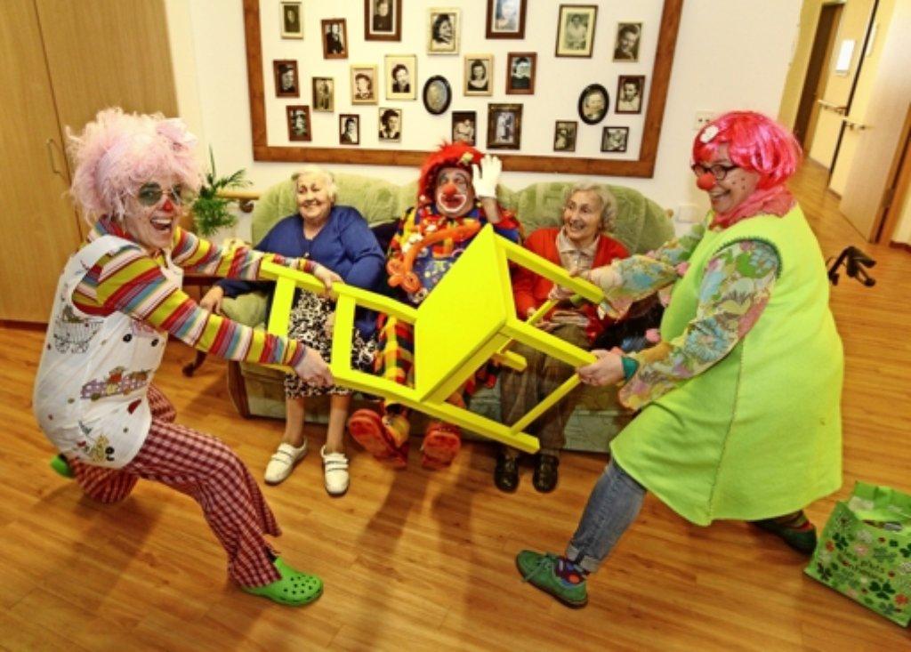 Ditzingen Clowns Müssen Nicht Nur Lustig Sein Böblingen