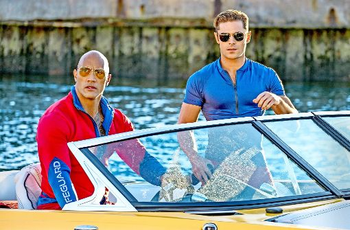 "Dwayne Johnson und Zac Efron in ­""Baywatch"" Foto: Verleih"