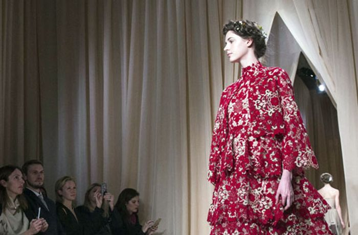 Haute Couture in Paris: Russisches Wintermärchen bei Valentino