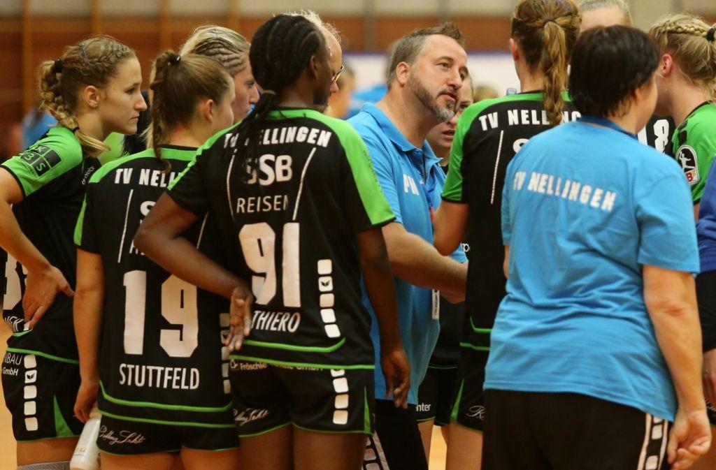 """9f6047fd4a99d2 Handball-Frauen-Derby: """"Vor kurzem haben meine Spielerinnen noch ..."""