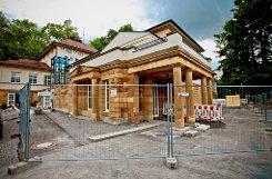 Beim Kursaalgebäude in Bad Cannstatt sind die Rohbauarbeiten so gut wie abgeschlossen. Im August beginnt der Innenausbau. Noch liegen die Arbeiten im Kostenrahmen. Klicken Sie sich durch unsere Bildergalerie. Foto: Peter-Michael Petsch