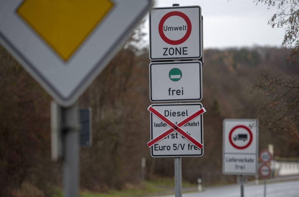 Umweltzone Karlsruhe Karte.Stuttgart Vaihingen Fahrverbote Sollen Für Alle Gleichermaßen