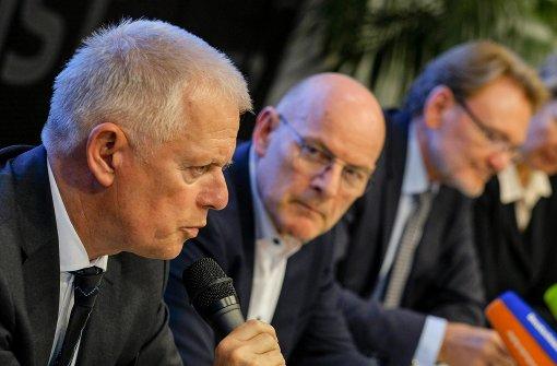 S-21-Gegner kritisieren OB Kuhn