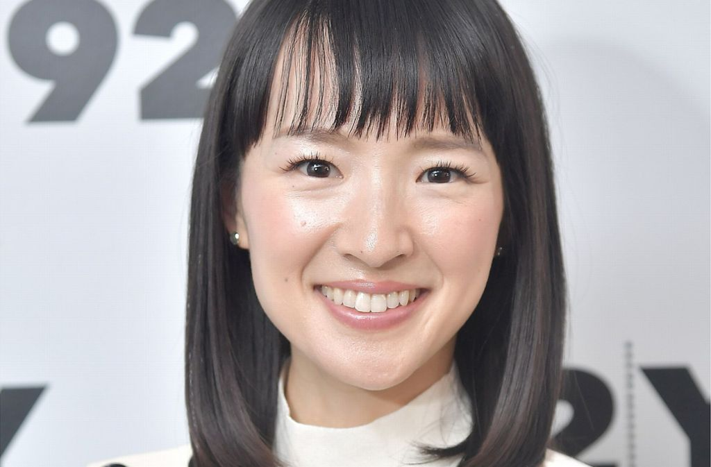 aufr umen mit marie kondo so funktioniert die konmari methode aus der netflix serie panorama. Black Bedroom Furniture Sets. Home Design Ideas