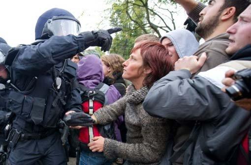 Bilder wie die vom 30. September will man bei der Polizei tunlichst vermeiden. Foto: dpa