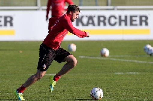 Nach seiner Verletzung nahm Martin Harnik das erste Mal wieder an einer Trainingseinheit teil. Wir haben die Fotos vom Mannschaftstraining des VfB Stuttgart. Klicken Sie sich durch unsere Bildergalerie. Foto: Pressefoto Baumann