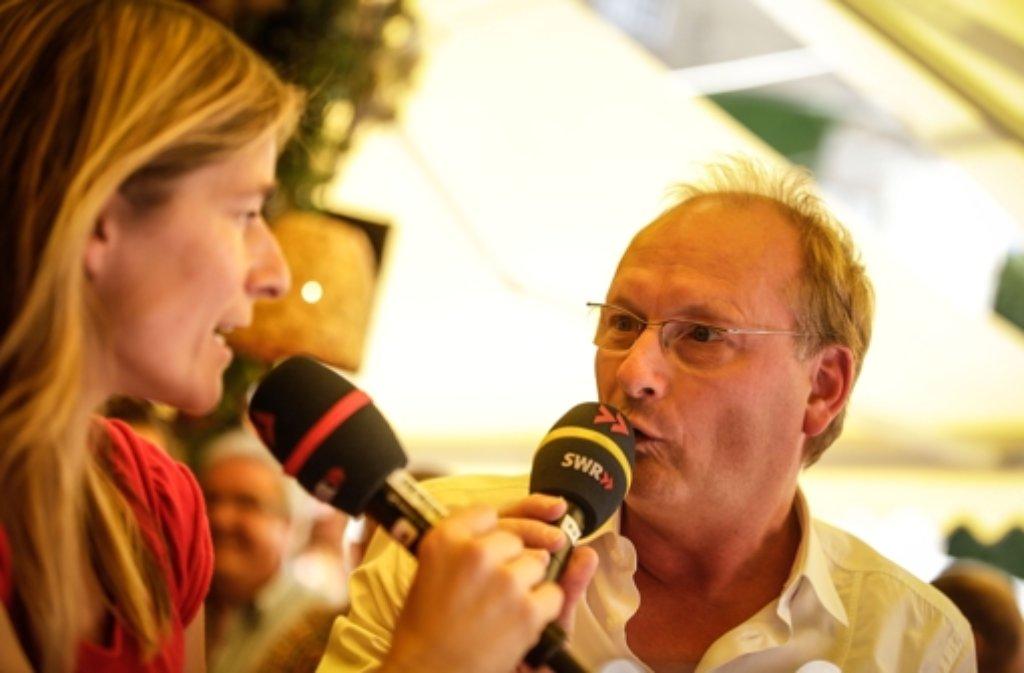 Im Uhrzeigersinn Von Unten Links Moderatorin Susanne Kurz