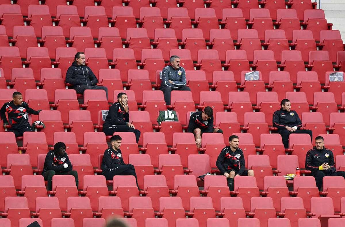 Reservisten beim VfB Stuttgart - Abgehängt? Diese elf VfB-Spieler sind aktuell hinten dran - Stuttgarter Nachrichten