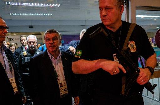 IOC-Chef Bach im Sturm der Entrüstung