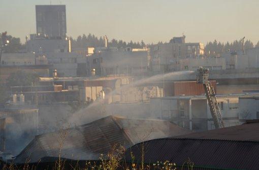 Werkstatthalle nach Brand einsturzgefährdet