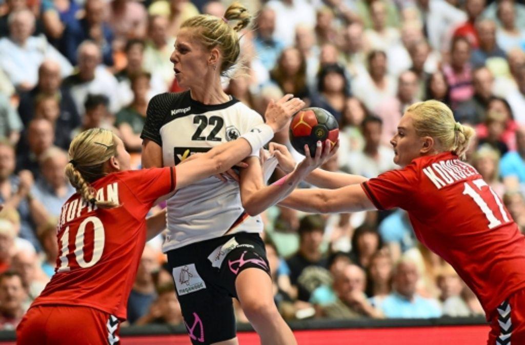 Frauen-Handball: Das große Zittern - Sportmix - Stuttgarter