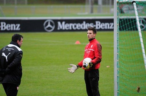 Klicken Sie sich durch unsere Bildergalerie vom VfB-Training. Foto: Michele Danze