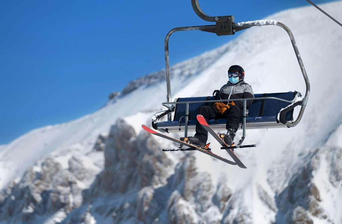 Keine Absage der Winterurlaubs: Schweiz hält weiter an der Skisaison fest
