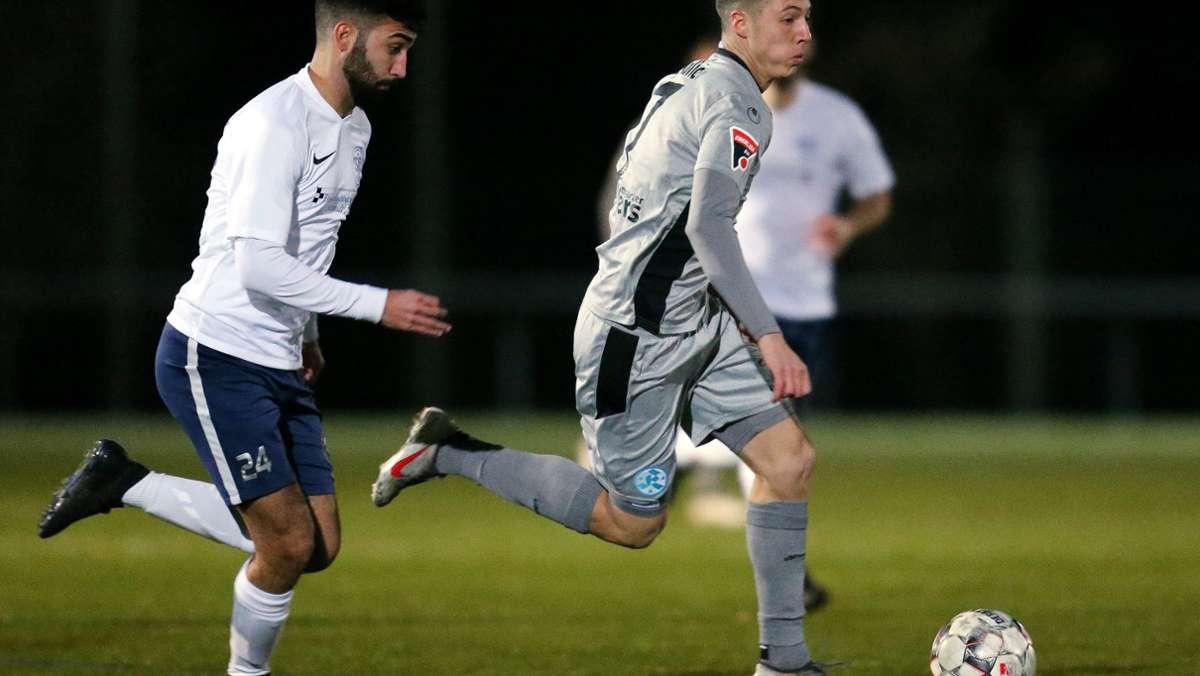 Stuttgarter Kickers: Die Blauen und Noah Lulic gehen getrennte Wege -  Fußball - Stuttgarter Nachrichten